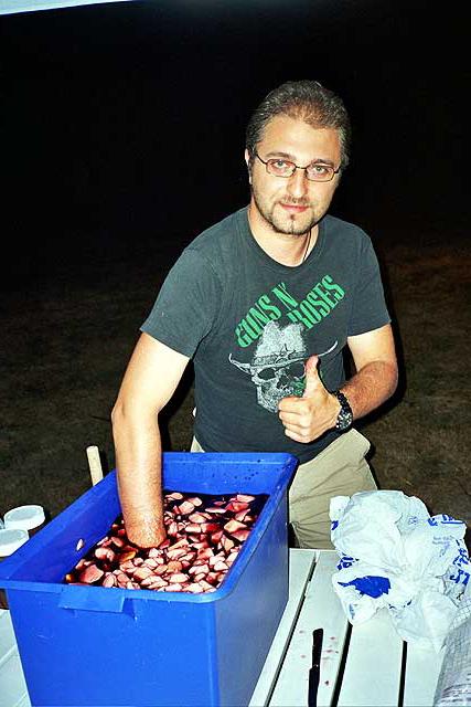 http://www.occhiocrepato.com/download/imgRoot/Galleria%20fotografica/Feste%20estive/Sangiacomo%2008-08-2003/_22_0023.jpg